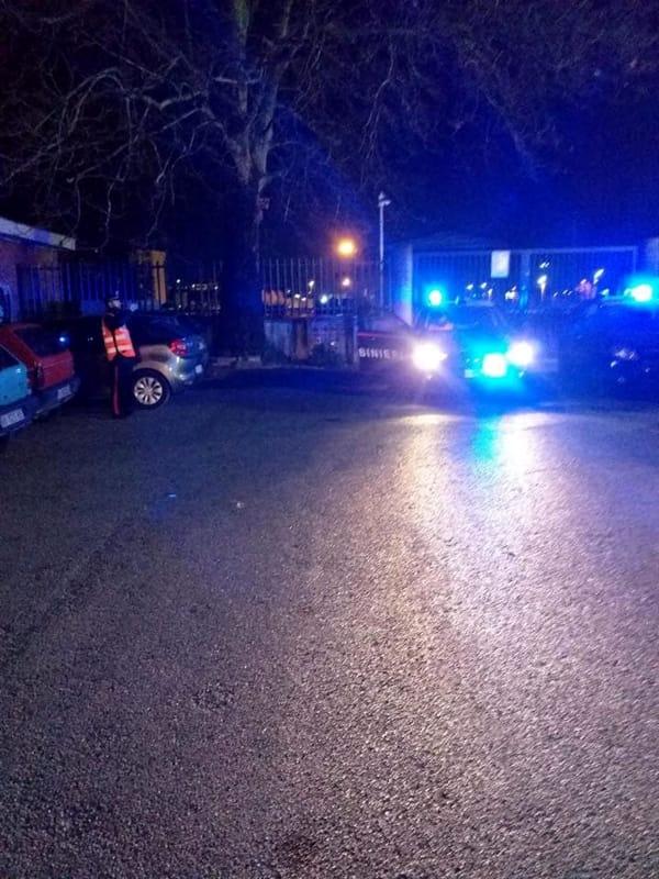 Blitz dei carabinieri alla stazione di Pontecagnano: raffica di controlli