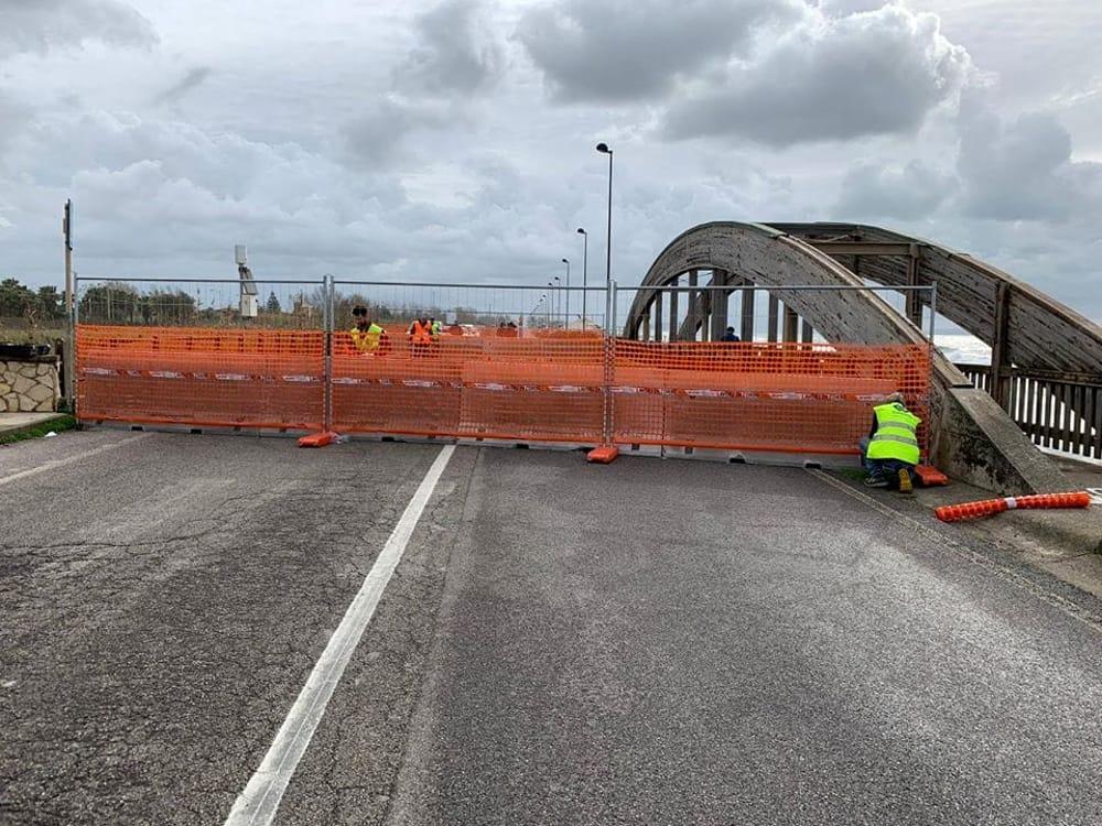 Pontecagnano, riapre il ponte sul fiume Asa: via libera al senso unico