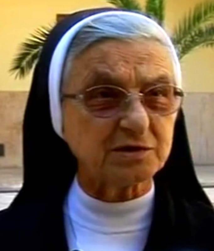 Lutto ad Angri, addio a madre Immacolata Vicidomini: il cordoglio del sindaco