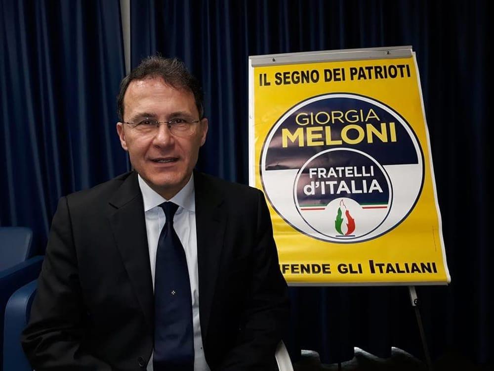 """Fase 2, Cirielli a De Luca: """"Basta coprifuochi, dia risposte a commercio e turismo"""""""