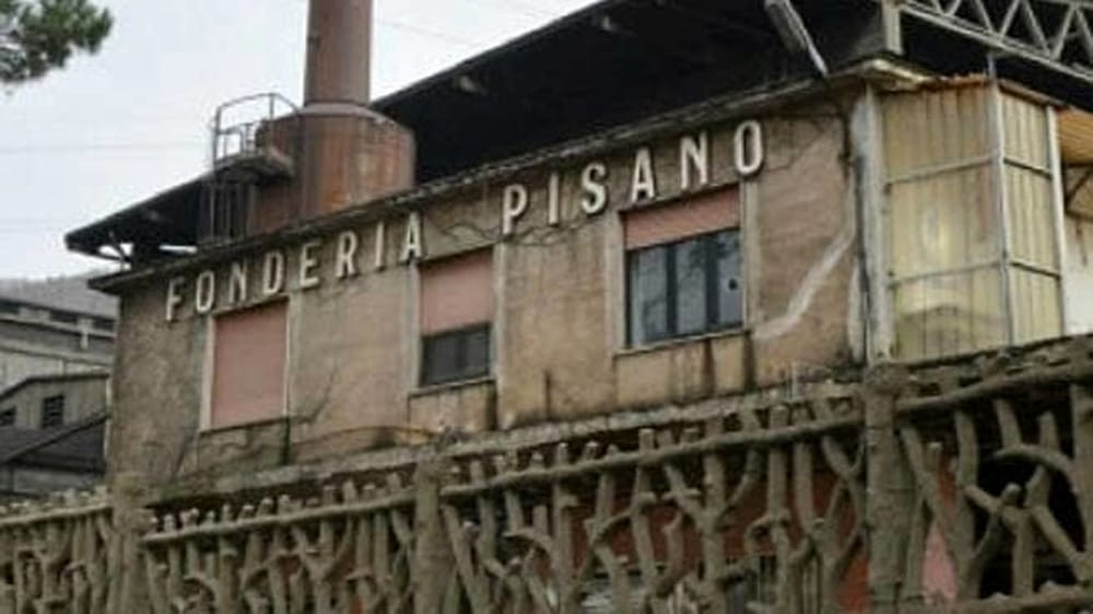 """Fonderie Pisano, lettera di 135 famiglie a De Luca: """"Lo studio sui veleni venga reso pubblico"""""""
