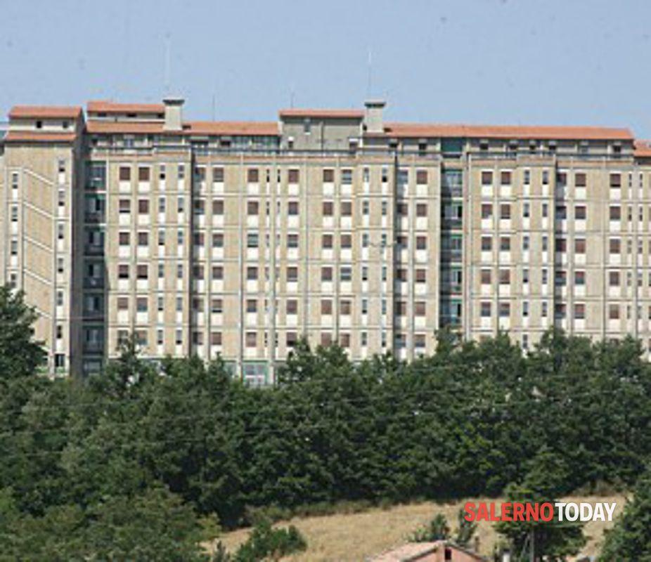 Precipita dal balcone di casa: morto il 37enne di Agropoli