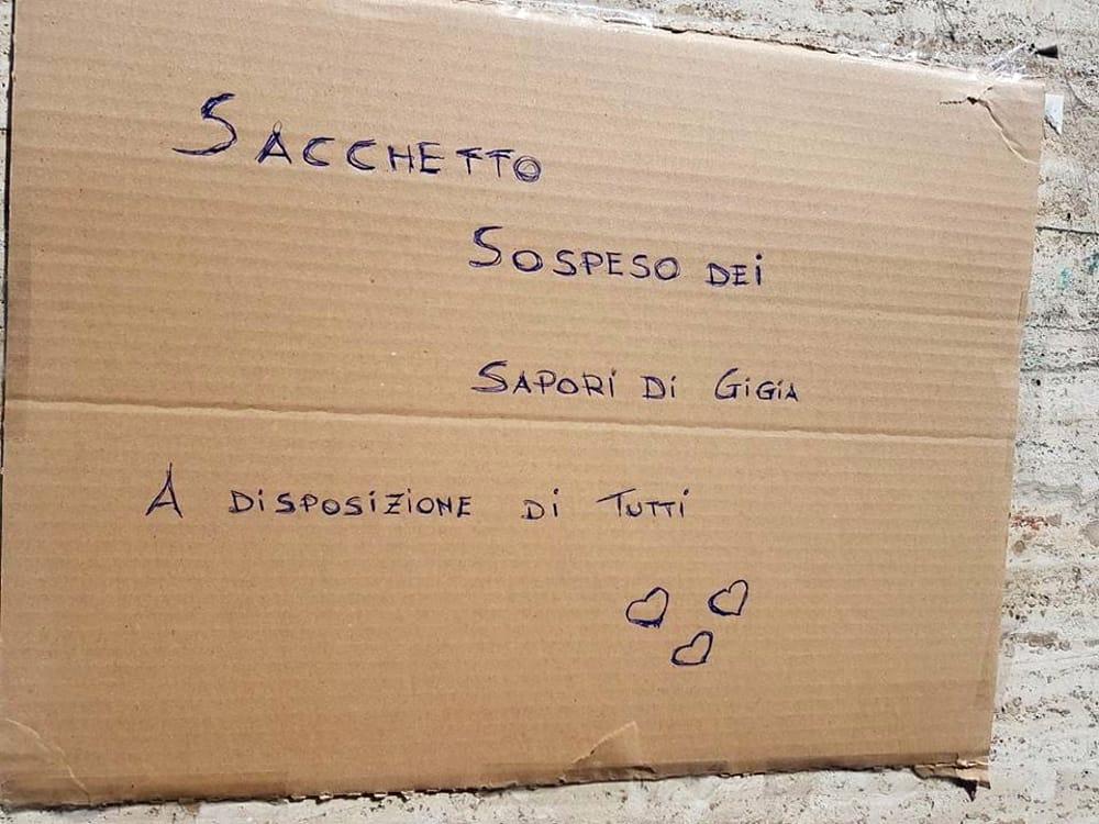 """Sacchetto sospeso """"danneggiato"""": atto vandalico contro l'iniziativa benefica de """"I sapori di Gigia"""""""