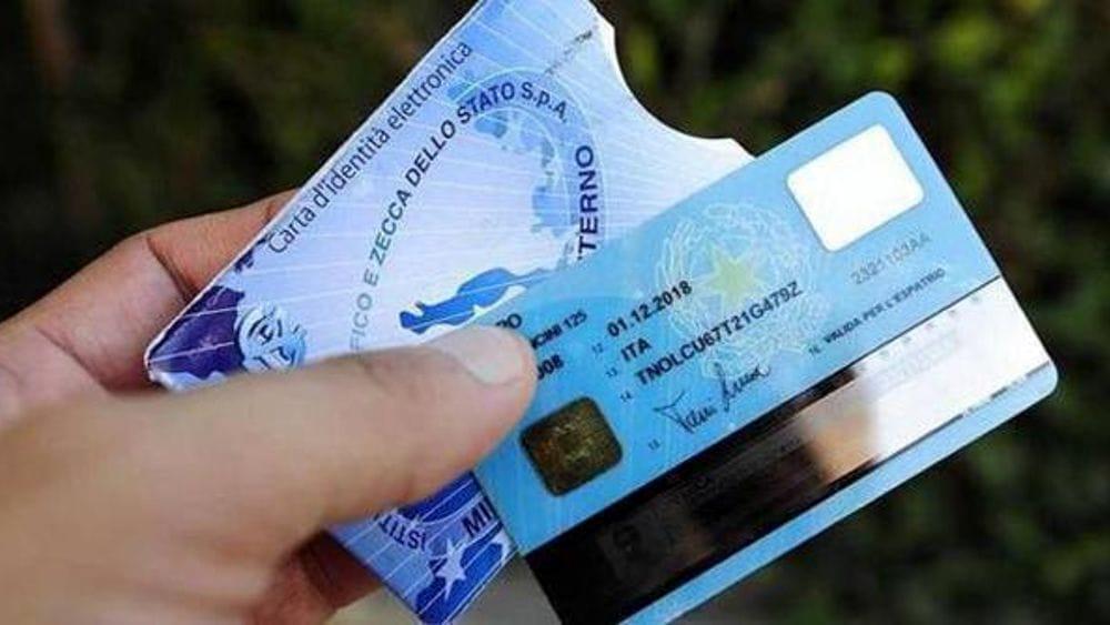 Come richiedere la Carta d'Identità Elettronica a Salerno
