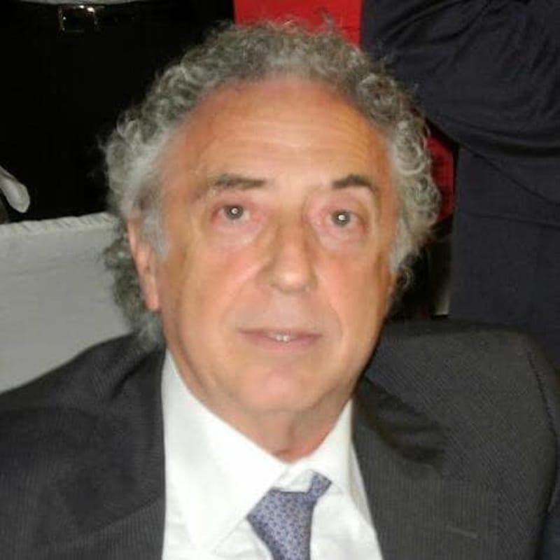 Salerno a lutto: è morto Matteo Orilia, dirigente dell'Agenzia delle Entrate