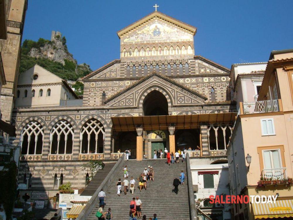 """Fase 3 ad Amalfi, la Fenailp: """"Riapriamo il Duomo e il Chiostro del Paradiso"""""""
