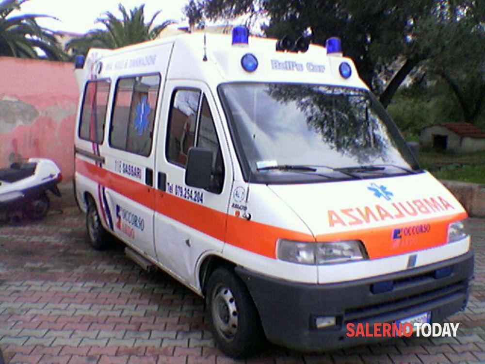 Tamponamento a catena: 4 auto coinvolte ad Eboli, 5 feriti