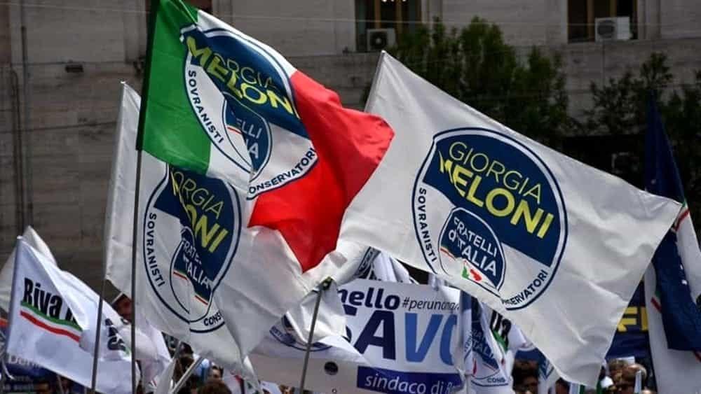 """2 Giugno, flash mob di FdI nel Cilento: """"Italiani traditi dal Governo Conte"""""""