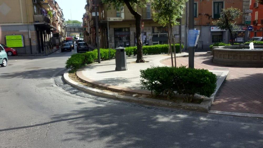 Allarme bomba a Fratte: strade chiuse al traffico