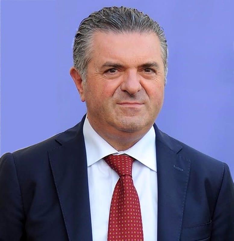 Comune di Capaccio, due consiglieri di opposizione passano con Alfieri
