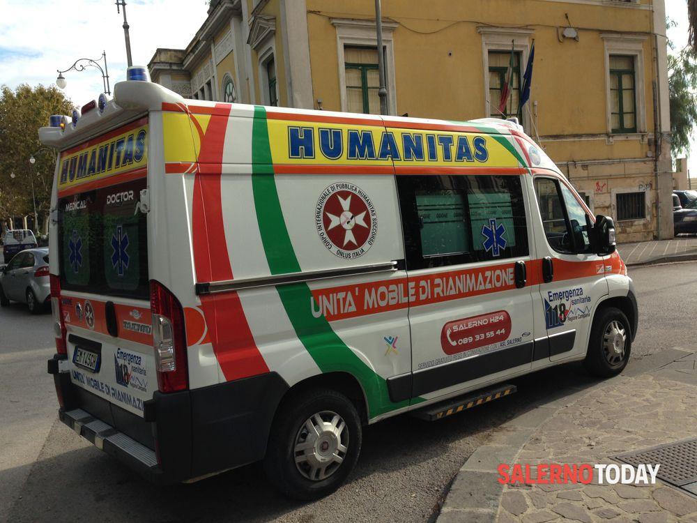 Violenza sul lungomare di Salerno: aggressione ad equipaggio Humanitas