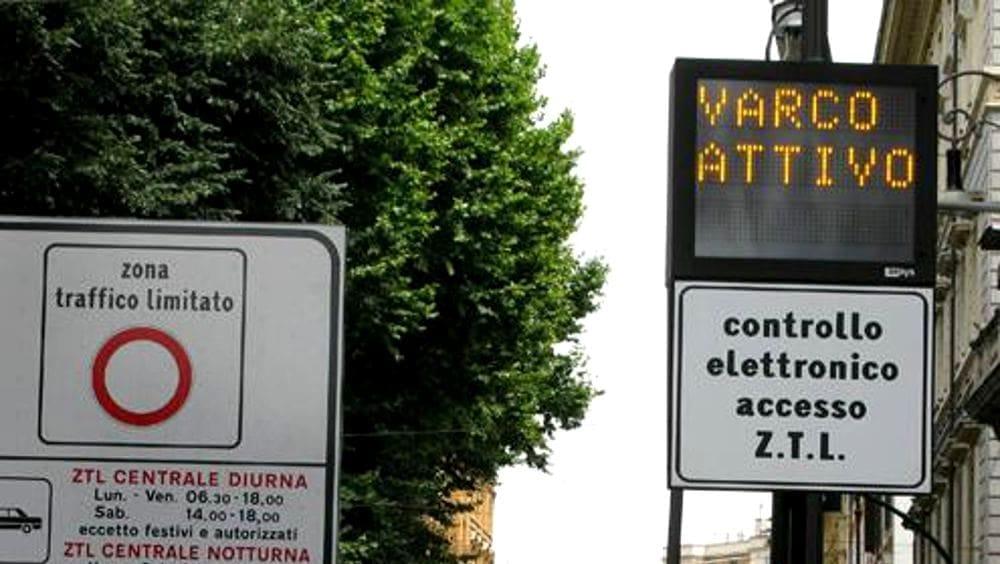 Castellabate, riattivate le zone a traffico limitato e le aree pedonali
