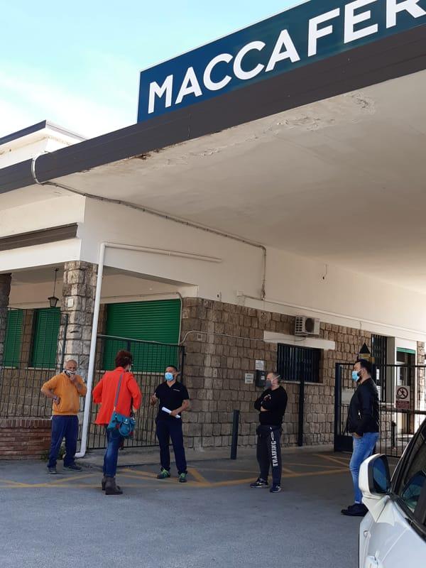 """""""Officine Maccaferri"""" di Bellizzi, lavoratori in sciopero: interviene il M5S"""