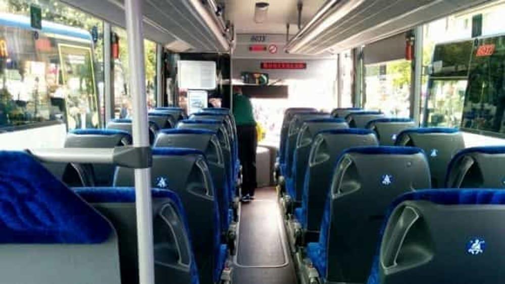 Trasporto Pubblico in Campania: consegnati altri 142 nuovi autobus, parla De Luca