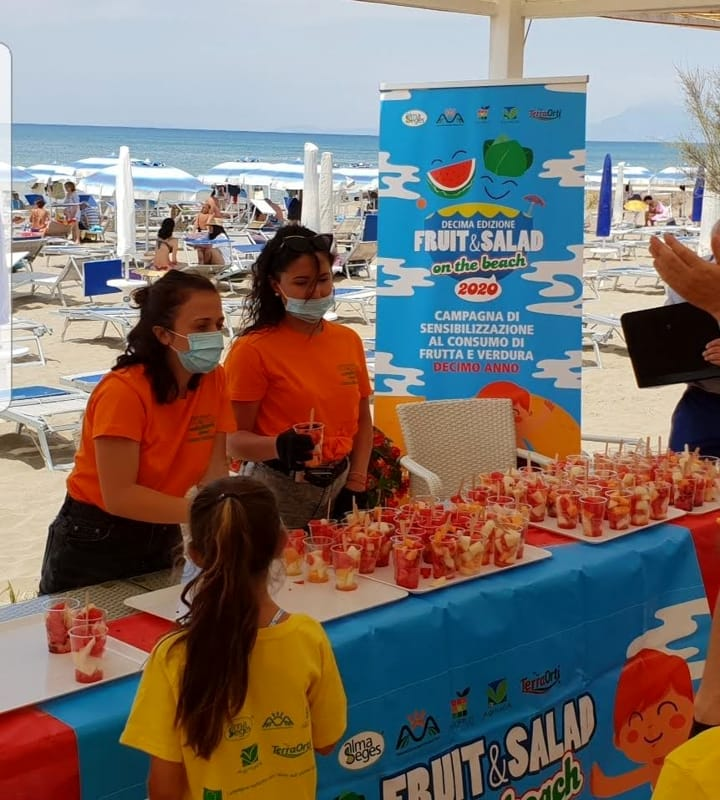 """Fruit&Salad on the Beach"" fa tappa a Capaccio Paestum: gli appuntamenti"