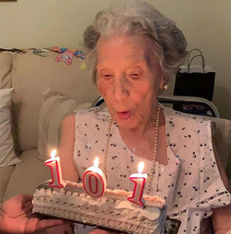 Salerno, nonna Ida spegne 101 candeline: la sua storia