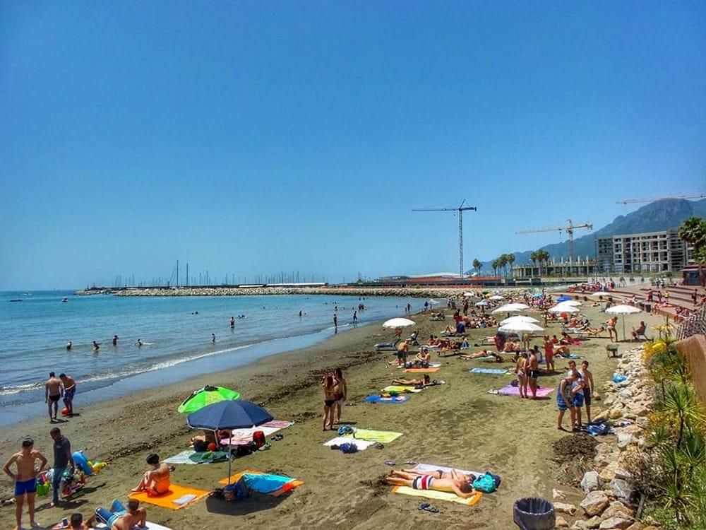 Covid-19, arrivano i vigilantes sulle spiagge libere a Salerno