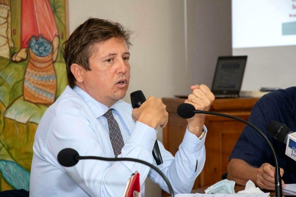 Sanità, il viceministro Sileri visita gli ospedali del Cilento e Vallo di Diano