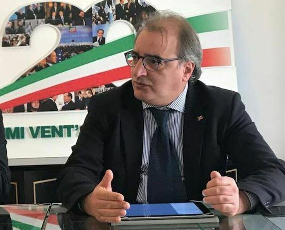 """Riapertura delle scuole, Casciello: """"Troppa confusione in Campania, spazi insufficienti"""""""