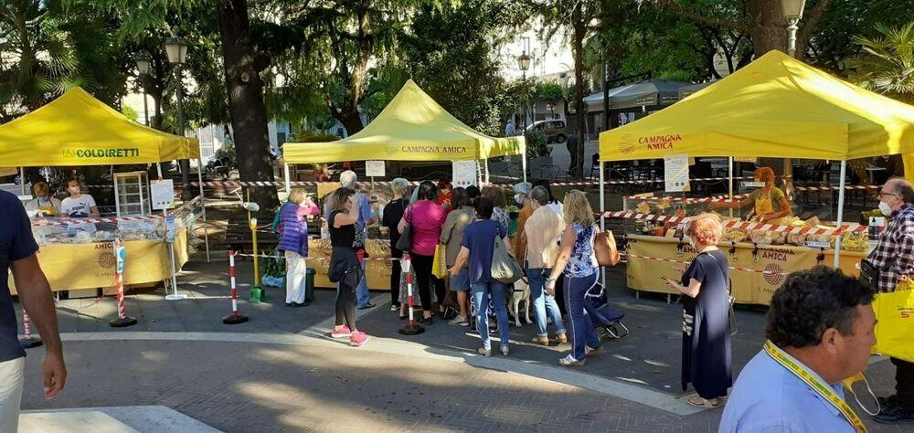 Campagna Amica: ritornano i mercati di Coldiretti, al parco e in piazza