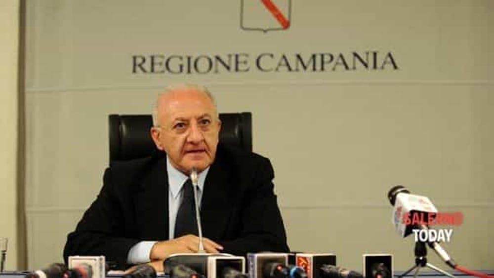 Vigili-autisti di Salerno trasferiti alla Regione: indagato De Luca