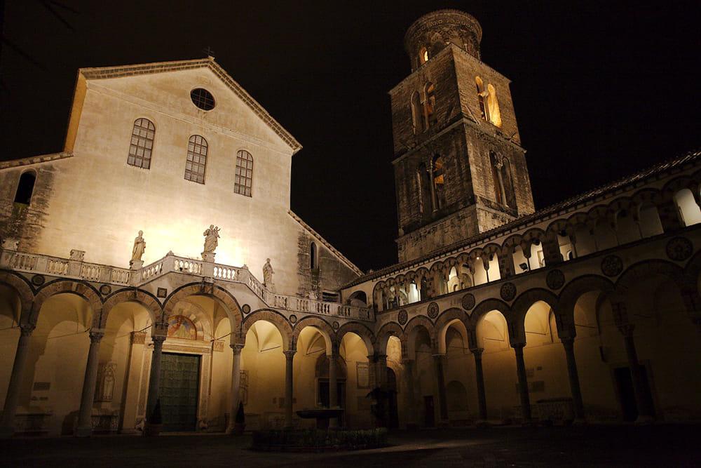 Espedito De Marino in concerto nell'atrio del Duomo di Salerno