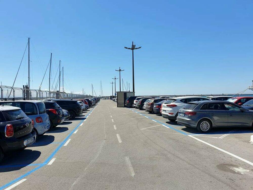 Parcheggiare a Salerno con il codice QR: la proposta dell'associazione commercianti