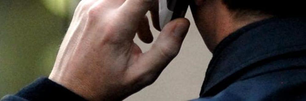 Minacce e offese al telefono al sindaco di Sacco, la denuncia