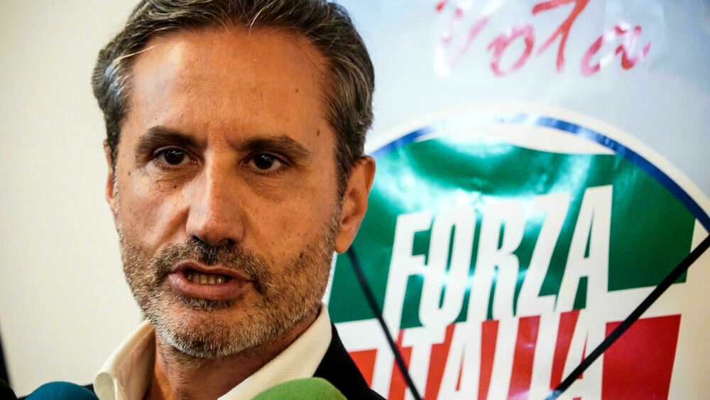 """Elezioni, Caldoro choc su De Luca: """"I napoletani sono si faranno comandare da un clan di Salerno"""""""