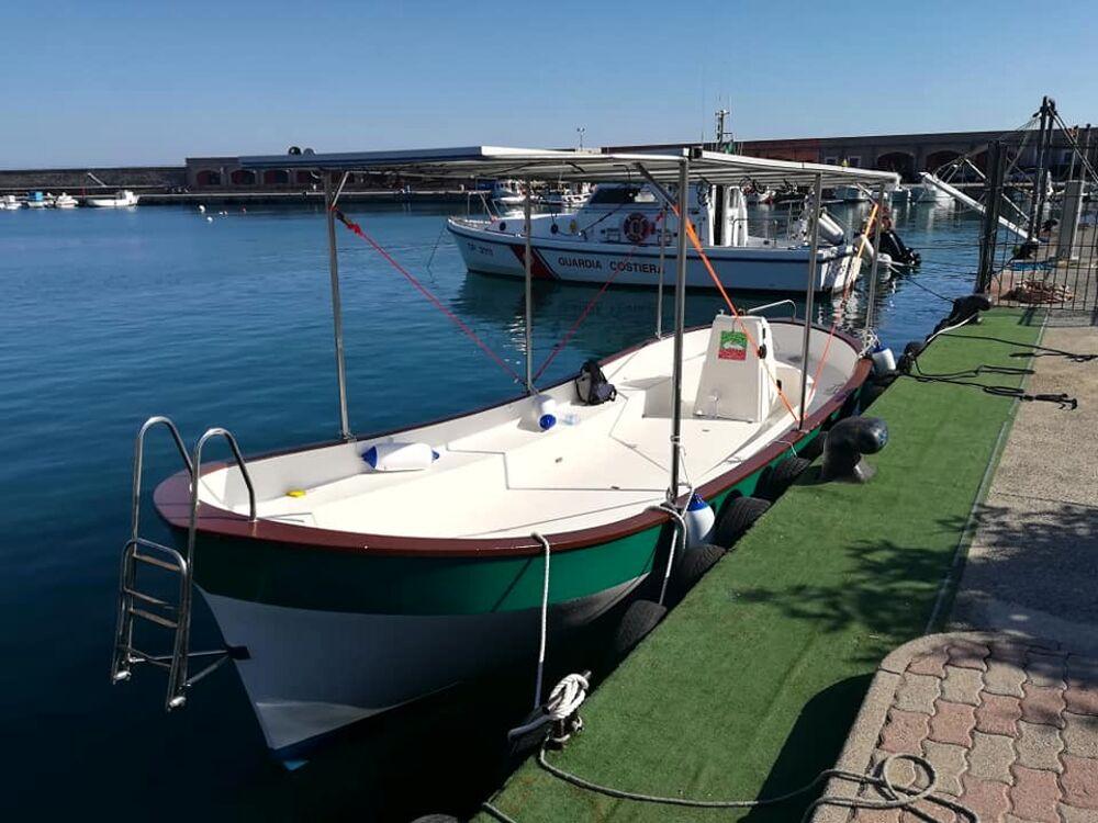 Da Sapri a Capri con 0 emissioni: arriva la SeaX1, barca 100% elettrica