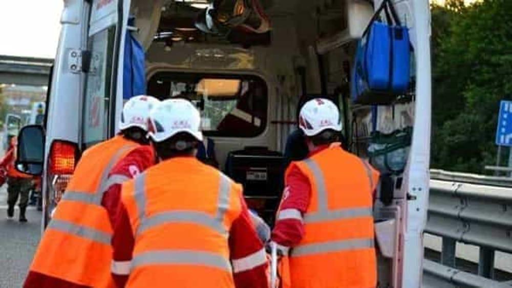 Incidente tra due automobili a Castellabate: coinvolta una bimba