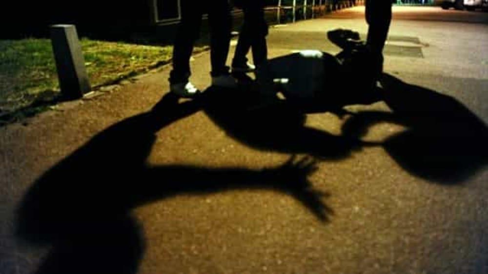 """Giovane picchiato nella notte di ferragosto a Salerno: arrestato il """"branco"""""""