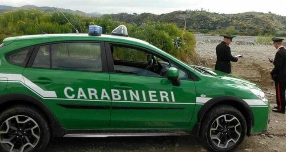 Anziano cammina sotto la pioggia per 15 km: salvato dai carabinieri a Piaggine
