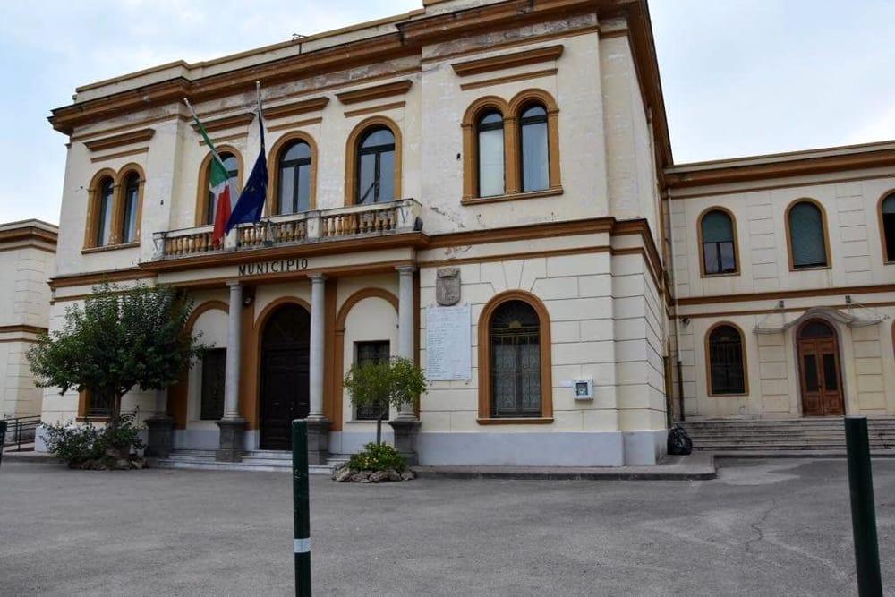 Covid-19, due casi positivi a Pontecagnano: uffici comunali chiusi per un giorno
