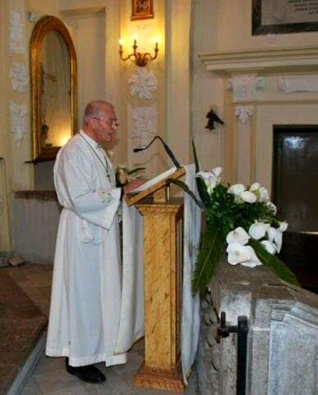 Covid-19: deceduti 3 anziani positivi già malati, c'è anche un prete di Teggiano