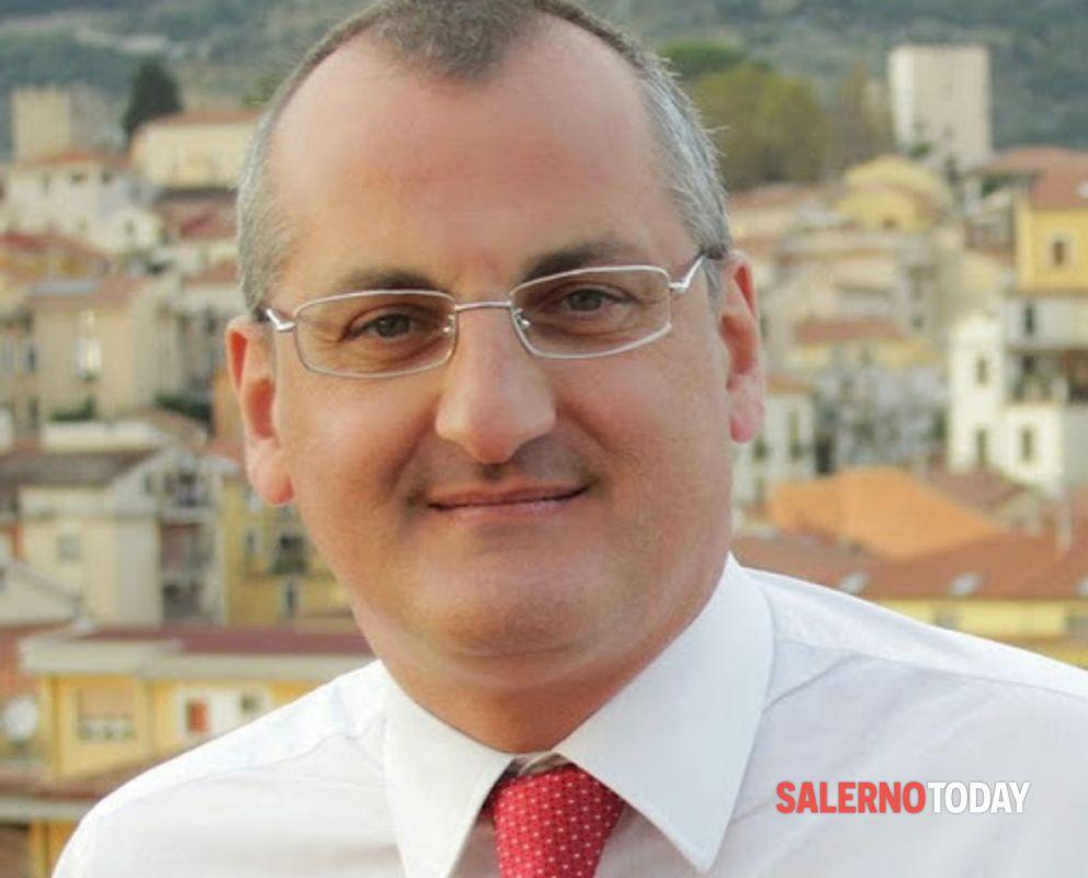Corruzione e abuso d'ufficio, il Riesame conferma: Cariello resta ai domiciliari
