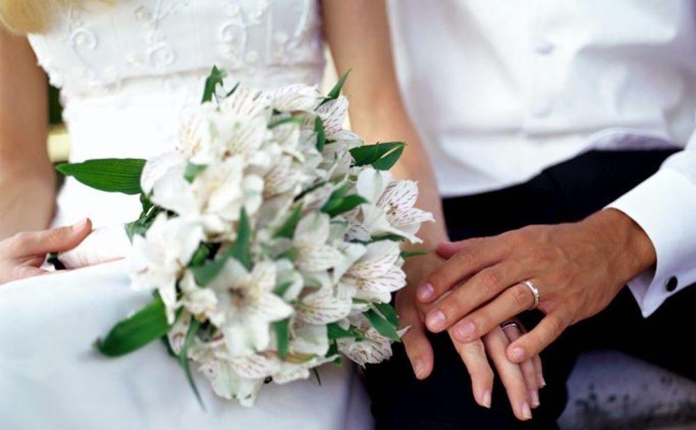 Covid-19, dietrofront della Regione sui matrimoni: ecco le nuove regole