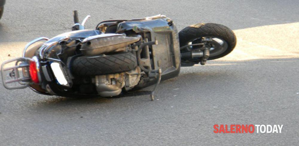 Incidente tra auto e scooter ad Agropoli: grave 44enne