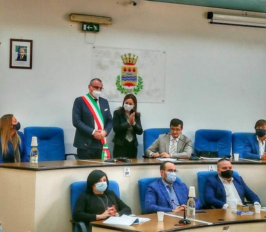 """Assunzioni e bandi """"sospetti"""" ad Eboli, domani Cariello davanti al giudice: Conte all'attacco"""
