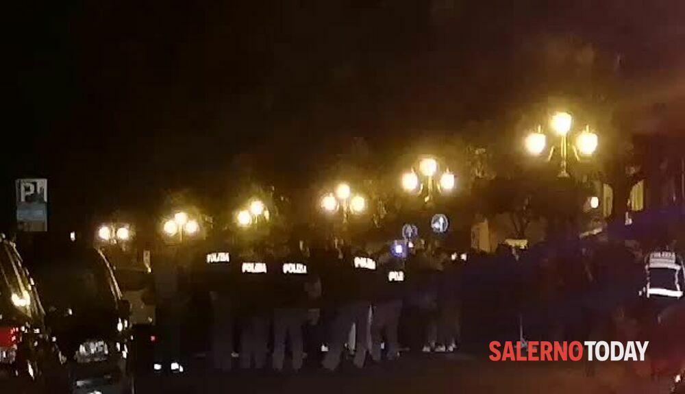 VIDEO | Protesta contro il lockdown in via Roma