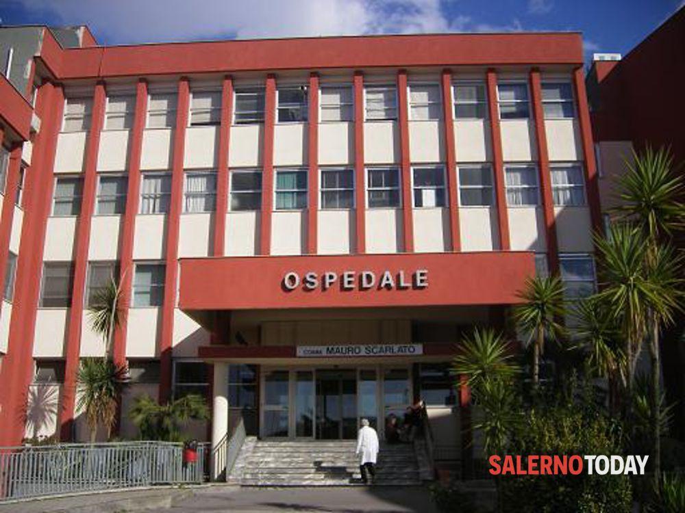 Covid-19, morti due anziani in ospedale a Scafati: l'appello del sindaco alla città