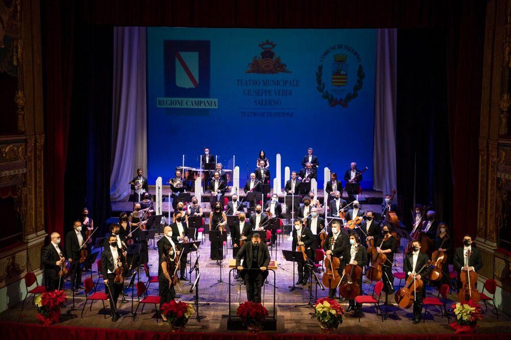 Capodanno in musica al Teatro Verdi: si esibirà l'orchestra Filarmonica Salernitana