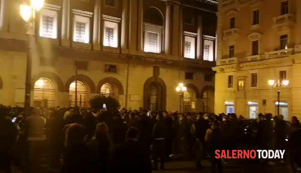 Ristori immediati: le Partite Iva tornano in piazza Amendola