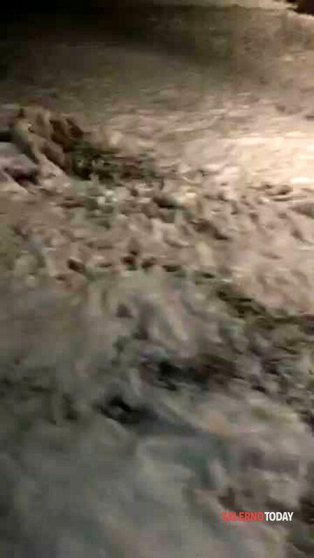 Mareggiata a Positano: il video dei danni