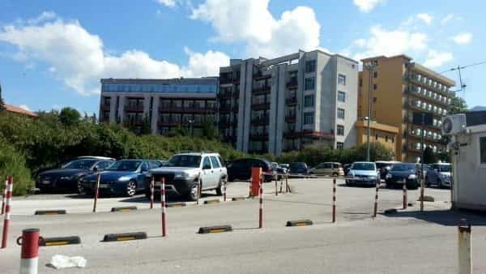 Giovane dà in escandescenze ad Agropoli: sottoposto al Trattamento Sanitario Obbligatorio