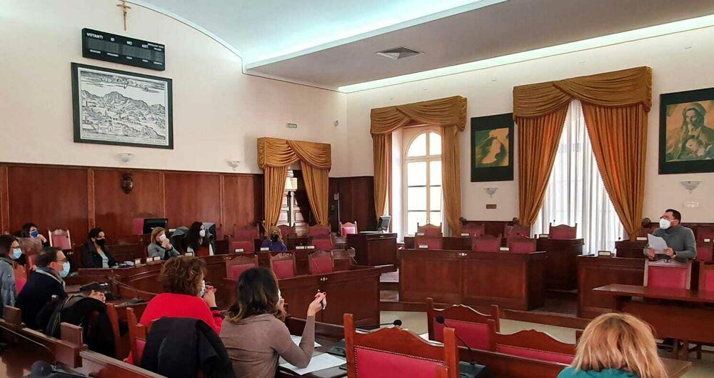 Reddito di Cittadinanza, via libera all'inserimento dei percettori nei Puc a Nocera