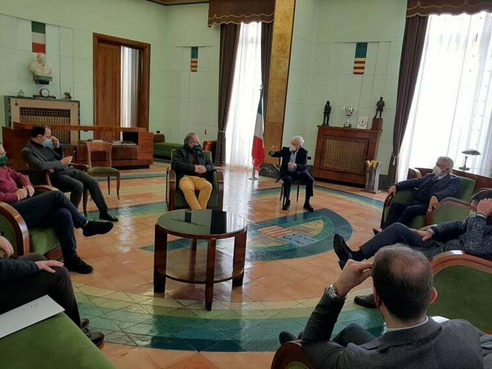 Alberature a Salerno: incontro tra Comune e Agronomi, al via il monitoraggio