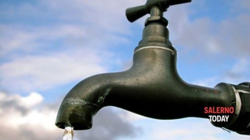 Lavori alla condotta, rubinetti a secco nelle zone alte di Salerno