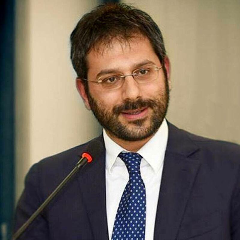 """Violenza donne, Tofalo a Salerno: """"Massimo impegno istituzioni per contrastare fenomeno"""""""