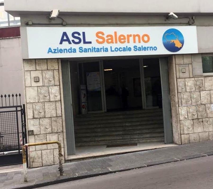 Asl Salerno, vaccino consigliato anche per i lavoratori già contagiati